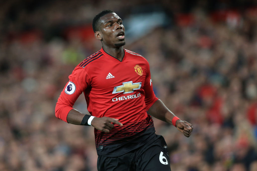 Rooney hands sound Man Utd advice to Wan-Bissaka