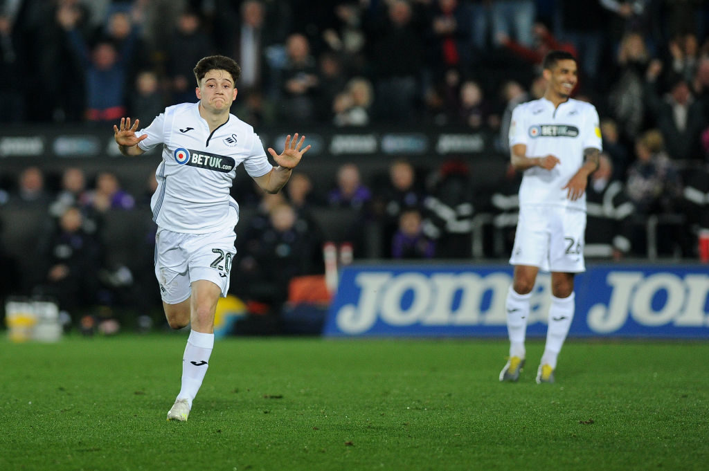 Manchester United confirm signing of Daniel James