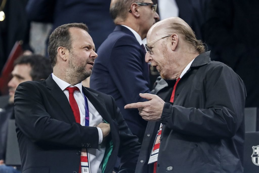 (L-R) Manchester United Executive Vice Chairman and Director Edward Woodward, Manchester United Executive Co-Chairman and Director Avram Glazer during the UEFA Champions League quarter final match between FC Barcelona and Manchester United FC at Camp Nou on April 16, 2019 in Barcelona, Spain. Protest United fans Glazer Woodward. Fans. Solution.
