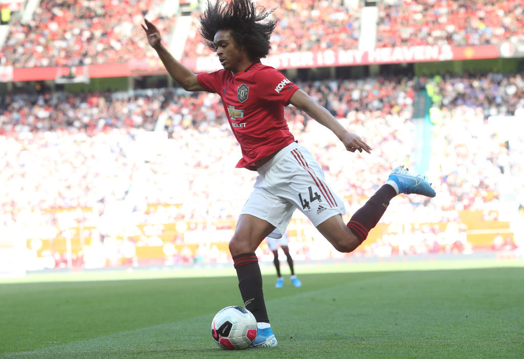 'Dangerous'... Some Manchester United fans react to Tahith Chong's performance