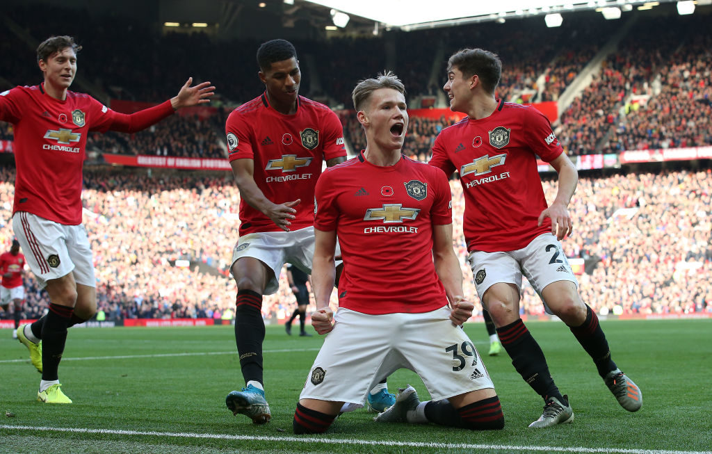 Potential boost as injured Manchester United midfielder reportedly targets Europa League return