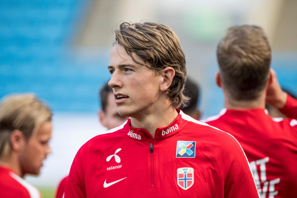 Three reasons United should make late move for Sander Berge - United In Focus