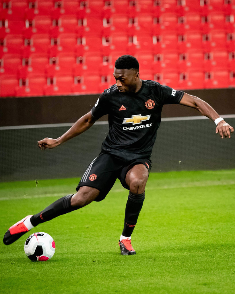 Timothy Fosu-Mensah: Manchester United trigger one-year contract extension