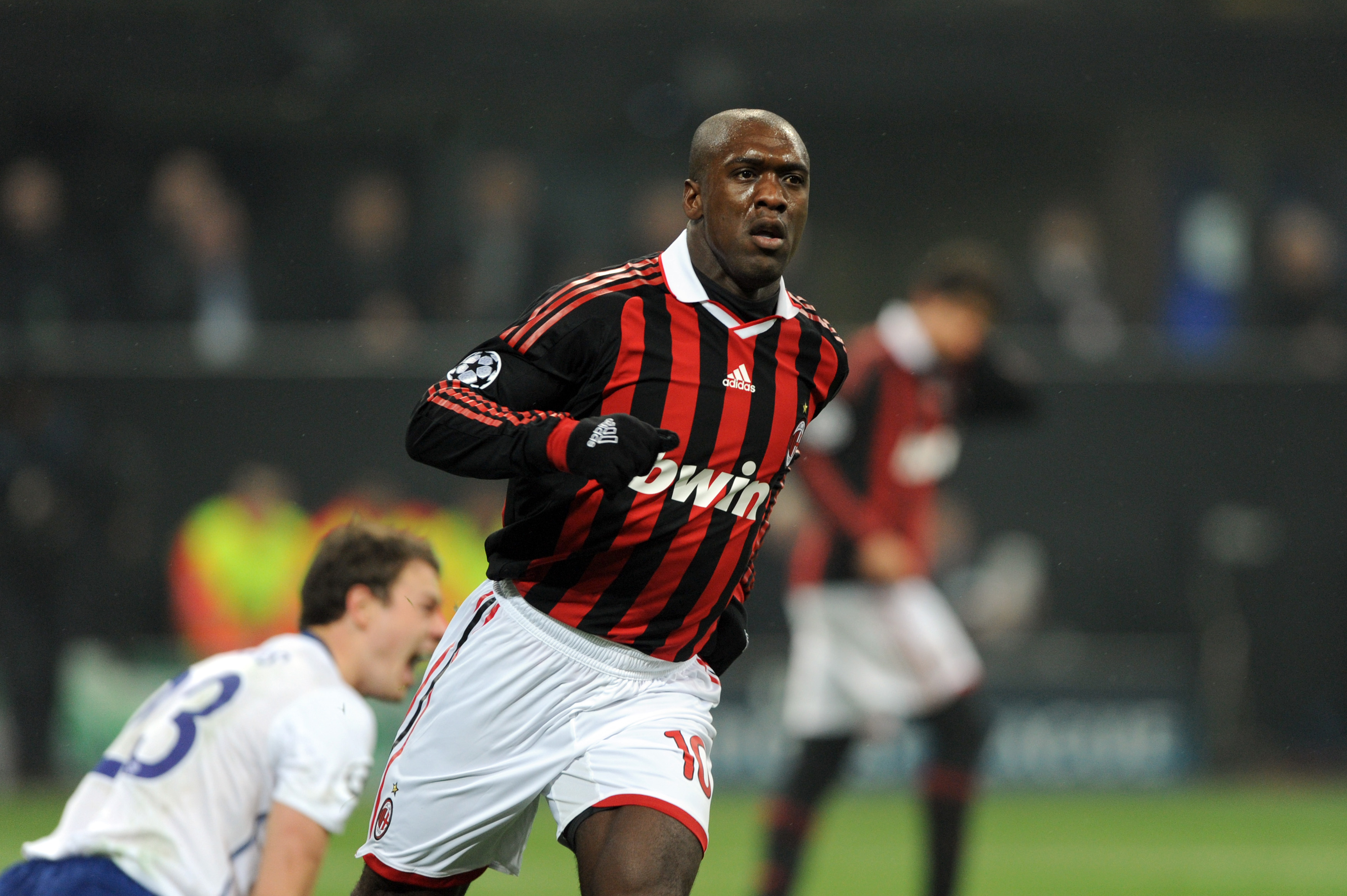 Clarence Seedorf Says He Nearly Signed For Manchester United United In Focus