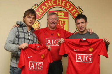 Manchester United unveil new signings
