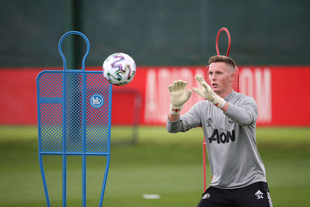 Dean Henderson Signs a New Contract at Manchester United
