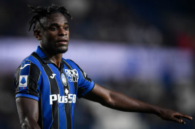 Duvan Zapata of Atalanta BC gestures during the Serie A